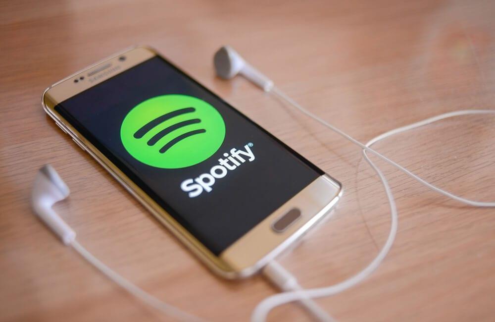 Spotify ©norazaminayob / Shutterstock.com