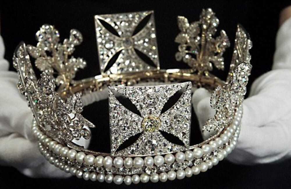 1333 Diamond Tiara