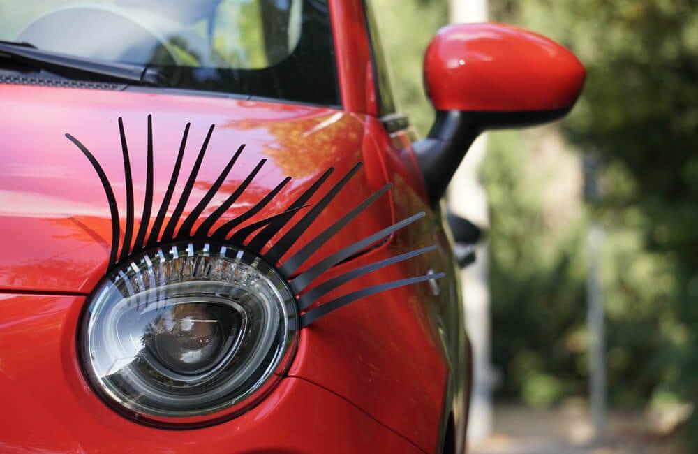 Car Lashes ©Julija Ogrodowski/Shutterstock.com