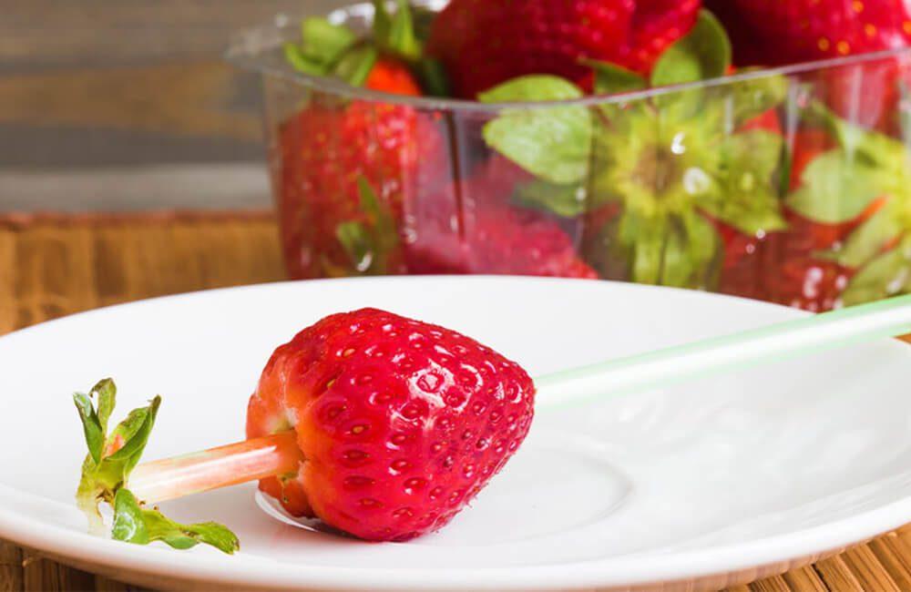Strawberry Hack @Kapustin Igor / Shutterstock.com