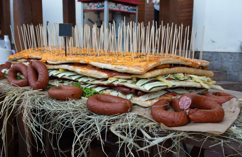 Giant Sandwich @shutterstock